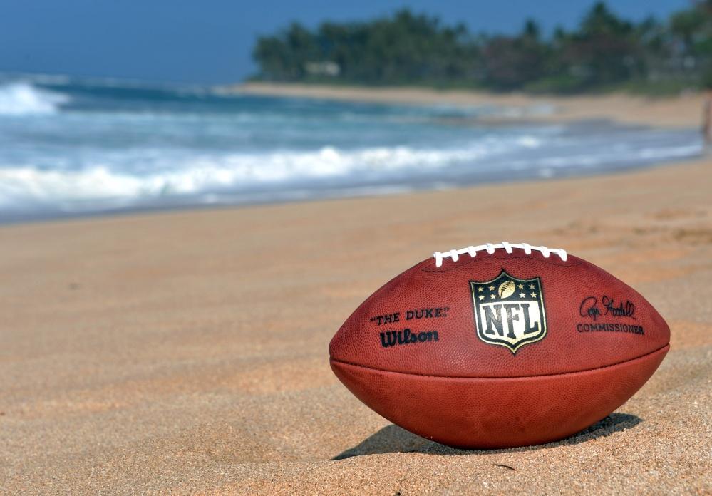 Beach-football-2